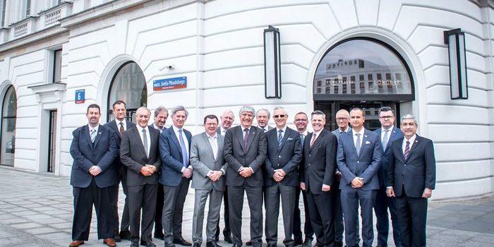 La Junta Directiva de la FIM se reúne en Varsovia